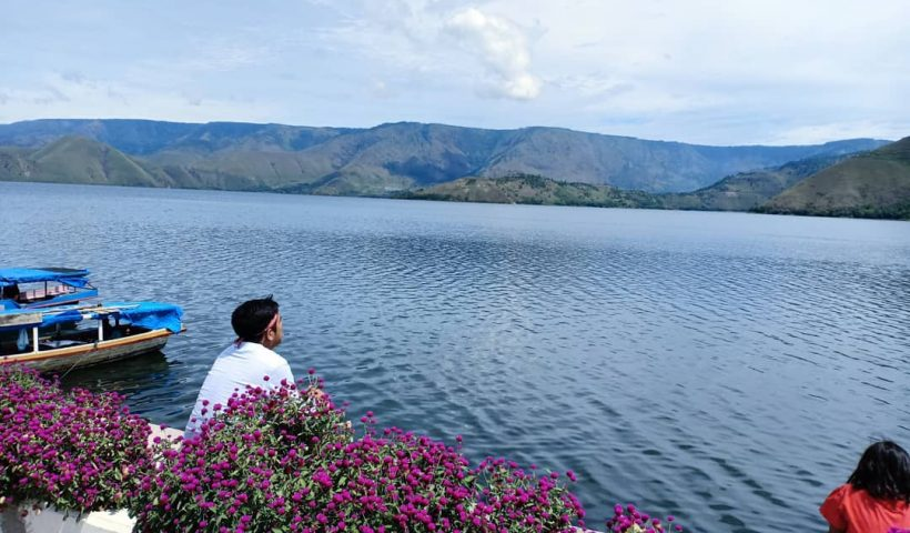 Solo Backpaker Danau Toba