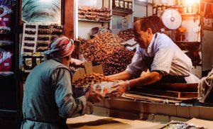 5 Tempat Belanja dan Beli Oleh-Oleh Saat Haji dan Umrah