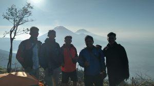 Pendakian Gunung Bismo, Si Mungil Nan Manis Adeknya Sindoro