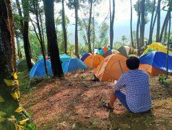 Menikmati Pasir Buntung Camping Ground Dengan Deretan Curug Nan Mempesona